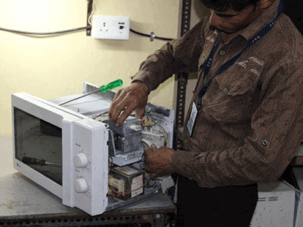 Microwave-Oven-Repair-Services